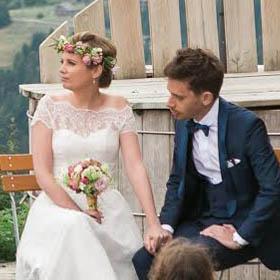 Lire la suite de l'article cérémonies laiques personnalisées Mariage ou remariage, cérémonie d'engagement & pacs •Célébrer la Vie, Life-Cycle Célébrant® à Lyon