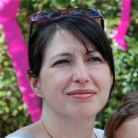 Julie Meyer, Célébrant de Vie® certifiée pour votre cérémonie de mariage personnalisée